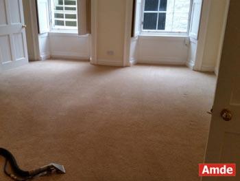 large top floor livingroom carpet cleaning in edinburgh eh3